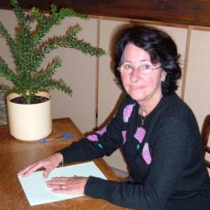 Arlette DEBLOND, responsable - fondatrice
