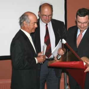 La remise du Prix a M. Roland Heyen