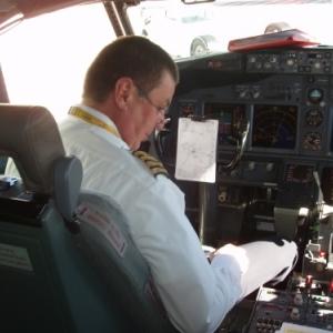 commandant de bord luxair