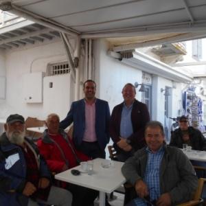 maire konstantinos koukas et quelques pecheurs