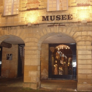 charleville-mezieres musee place ducale