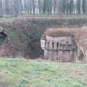 domaine fortifie des ayvelles