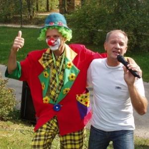 pipo -le clown magicien et jihaime -le chanteur