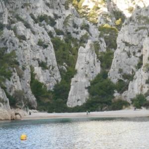 cassis - les calanques - une des plus belles plages au monde