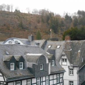 Montjoie, terrasses classees et maisons colombages