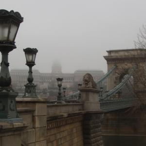 chateau et pont des chaines