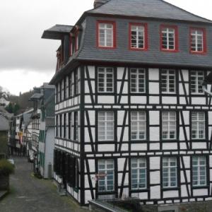 Montjoie, maisons colombages