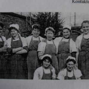En tenue de travail (vers 1960)