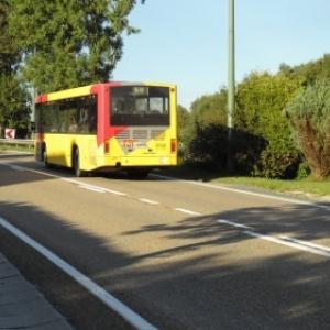 Le bus 1011 Houffalize Liege quitte Houffalize