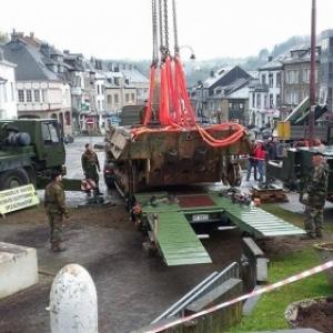 Der Tank verlaesst Houffalize zu seiner Renovierung. Foto: Philippe Jaeger Elias Chief Research Officer.
