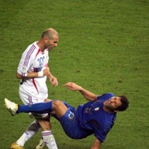 Zinedine Zidane, un modele pour les jeunes footballeurs