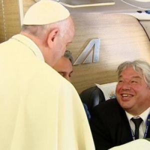 Christophe Giltay dans l'avion papal.