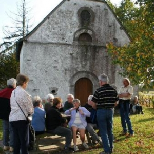 devant la chapelle St-Roch