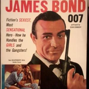 Sean Connery. My name is Bond, James Bond. Suivra le nom de la rose...