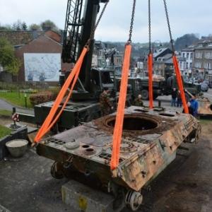 Le tank, direction Bastogne pour restauration.
