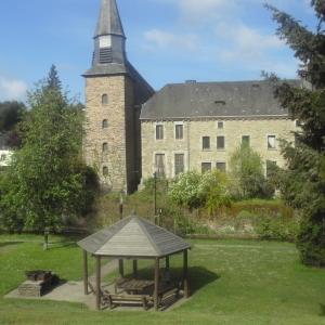 Houffalize Minigolf  Gloriette, barbecue, église Ste-Catherine