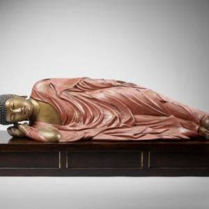 Shakyamuni entrant dans le nirvana © RMN-Grand Palais (MNAAG, Paris) / Thierry Ollivier