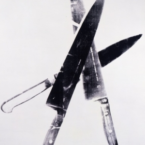 Knives, 1981-1982, Acryl en zeefdruk op textiel, Collection of The Andy Warhol Museum, Pittsburgh, © The Andy Warhol Foundation for the Visual Arts, Inc. / SABAM Belgium 2013