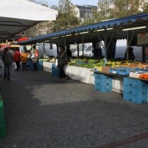 viktulienmarkt, place guillaume