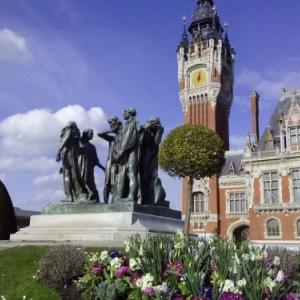 calais, statue six bourgeois et beffroi