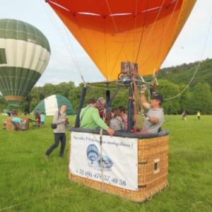 envol en montgolfiere a han sur lesse