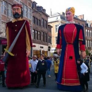 """Les Geants, lors de la """"Journee du Folklore et des Traditions"""" (c) """"Folknam"""""""