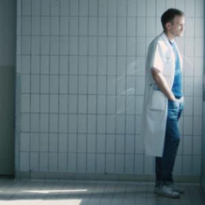 Comment supporter la mort et les maladies atroces lorsqu on les frequente au quotidien ?