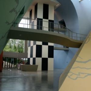 """La Salle d Accueil du """"Musee Herge"""" (c) """"Atelier Christian de Portzamparc-Herge-Moulinsart 2019"""""""