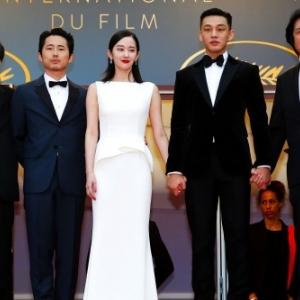 """""""Burning"""" (Lee Chang-dong) : l equipe du film, en 2019, au """"Festival de Cannes"""""""