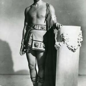"""Marlon Brando, """"Prix du meilleur Acteur etranger"""", aux """"BAFTA"""", en 1954, pour """"Jules Cesar"""""""