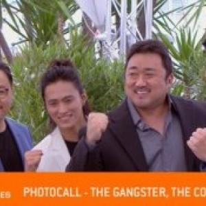 """L equipe du film de Cloture, """"Le Ganster, le Flic et l Assassin"""", au """"Festival de Cannes"""""""