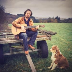Francois Degrande a la guitare