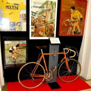 """Eddy Merckx """"forever"""", en jaune durant 111 etapes (96 jours), record absolu au """"Tour de France"""""""