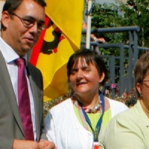 Echevine S. Scailquin, M. Prevot, Co-Presidentes A. Leon et T. Rodriguez, Deputee provinciale G. Lazaron