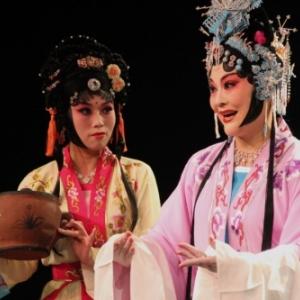 """Grace au """"Buff estival"""", des Chinois  etaient deja sur scene, à la mi-aout (c) """"Tap s/Prov. de Namur"""