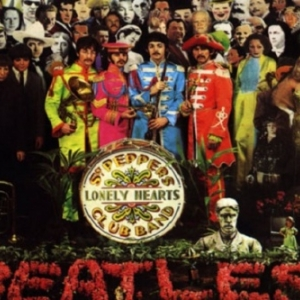 """Le 33 t. des Beatles """"Sgt Pepper s Lonely Hearts Club Band"""")"""
