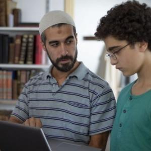"""L imam et """"Le Jeune Ahmed"""" (Jean-Pierre et Luc Dardenne) (c) """"Les Films du Fleuve"""""""