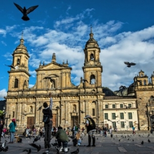 "L eglise de San Francisco (XVIIe), dans la ""Candelaria"" de Bogota (c) ""New York Times"""