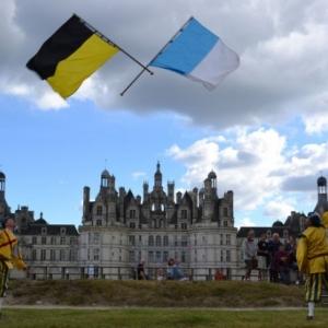 """Echange de drapeaux entre deux """"Alfers Namurois"""""""