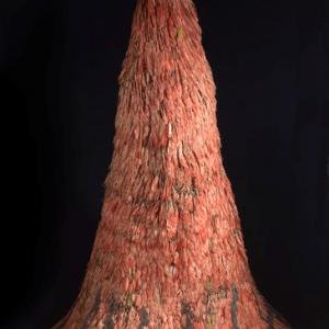 """Hologramme d un manteau de plumes amazonien, autrefois attribue a l Empereur Montezuma (c) """"MRAH"""""""