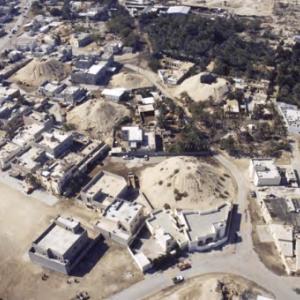 """Les tumuli royaux de Dilmoun, à A ali, au Bahrain (c) """"Bahrain  Authority for Culture and Antiquities"""")"""