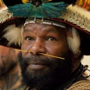 Mundiya Kepanga, Chef Papou-Conferencier