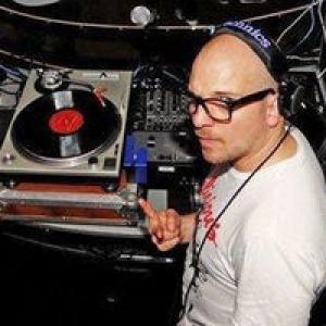 """En musique, avec Simon LeSaint, des 21h30, au Heysel (c) """"Focus Vif"""""""