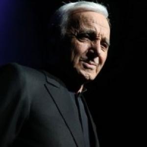 """Charles Aznavour, un artiste absolu, veritable mythe de la scene internationale (c) """"AlloCine"""""""