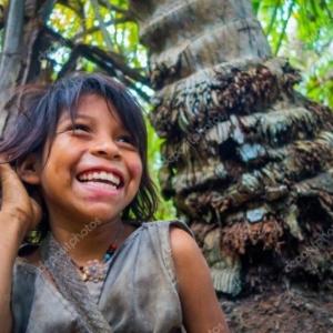 """Une fillette Kogi, dans Sierra Nevada de Santa Marta (c) """"Pxhidalgo"""""""