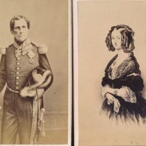 """Illustrations de cartes de visite de Marie Louise d Orleans et Leopold 1er (c) L. Ghemar /""""Musee F. Rops"""""""
