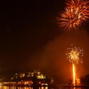 """Avec la Citadelle en toile de fond, le traditionnel feu d artifice du 20 juillet (c) """"La Meuse"""""""