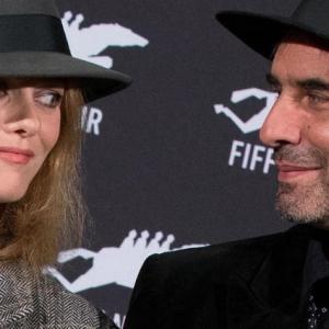 """Samuel Benchetrit, président du Jury officiel Longs-Métrages, avec Vanessa Paradis © """"Le Point""""/2018"""