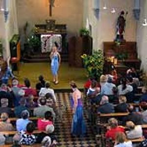 Defile au sein de la chapelle de RENDEUX du 2 octobre 2004 - photo 126