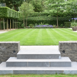 Jardins de 350 à 1000 m².  Médaille d'or : Leidgens sprl - Morgan Leidgens et Serge Delsemme - DISON
